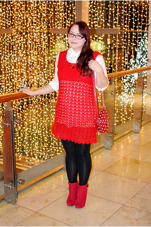 red platform Debenhams boots - red crochet vintage dress