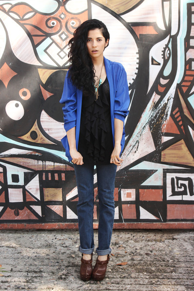 blue silk vintage blazer - navy denim Levis jeans - black silk vintage top