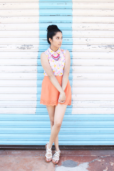 white sleeveless thats it shirt - light orange cut out shorts threadsence shorts