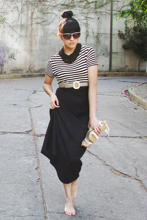 cream shoes - black cotton vintage dress - black scarf - black vintage sunglasse