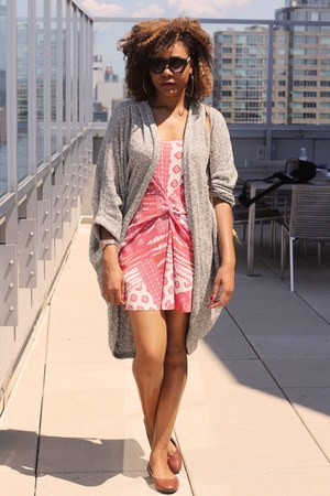 salmon Zara dress - silver American Apparel cardigan