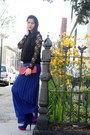 Red-bag-blue-payless-pumps-black-flower-blouse-black-lace-strawberry-top