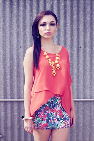 skirt - top - necklace - bracelet