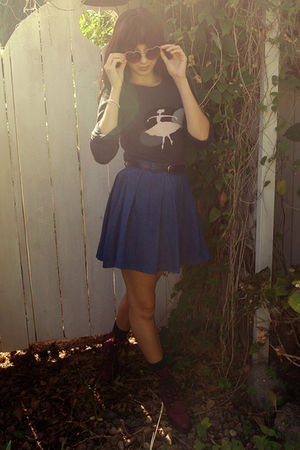 gray Paul and Joe sweater - black Forever 21 belt - blue vintage skirt - blue so