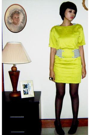 green flea market dress