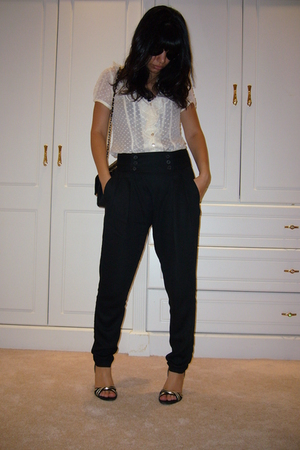 Nanette Lepore blouse - Zara pants - Chanel Caviar 255 purse - French Connection