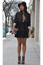 black velvet le chateau hat - tan boots - black graphic printed H&M dress
