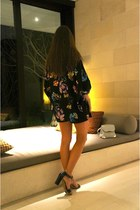 black Zara shorts - dark gray Ebony eve jacket - black Mango sandals