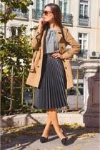 sky blue Bimba & Lola blouse - camel Comptoir des Cotonniers coat