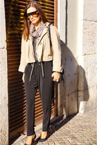beige Max and Co jacket - black Uterque bag - black Arezzo pumps