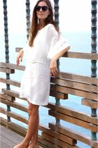 ivory Zara dress - dark brown Karen Walker glasses