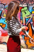 ruby red Massimo Dutti skirt - Massimo Dutti jumper - black Converse sneakers