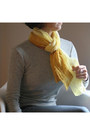 Yellow-scarf
