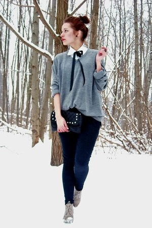 black allegro pants - heather gray Secondhand sweater - white Viceversa shirt
