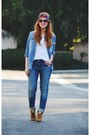 Tawny-boots-blue-jeans-blue-denim-shirt-hot-pink-scarf-white-t-shirt