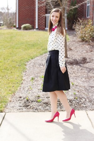 printed romwe shirt - heels kohls shoes - midi romwe skirt