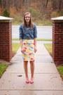 Chambray-old-navy-shirt-pink-kohls-heels-floral-print-old-navy-skirt