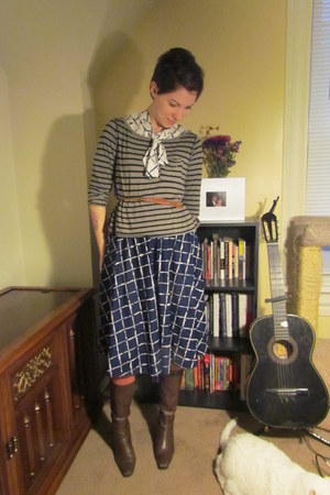 vintage dress - Eddie Bauer boots - thrifted belt - Michael Stars top
