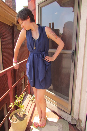 navy rachel roy dress - beige Old Navy sandals