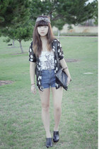 supre shirt - polka-dotted seventeen origins shirt - clutch bag - shorts - Sport