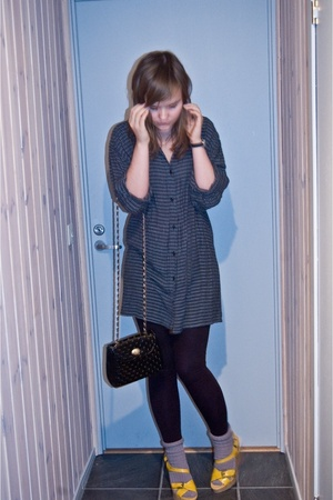 mums old dress - vintage purse - Skopunkten shoes - old socks
