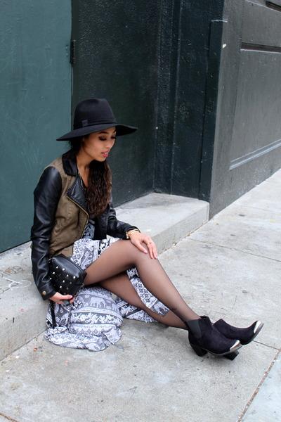 black maxi skirt Forever 21 skirt - black boots restricted shoes