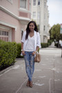 Blue-bdg-jeans-white-bar-iii-blazer-white-macys-t-shirt