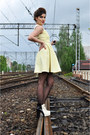 Off-white-black-and-white-persunmall-boots-light-yellow-50s-versace-dress