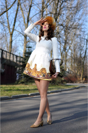 tawny russian hat vintage hat - cream quilted PERSUNMALL dress
