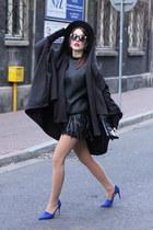 black Dressin skirt - blue Zara heels