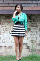 black H&M skirt - green pitaya top