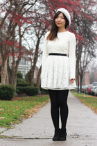 white H&M hat - ivory lace Forever 21 dress