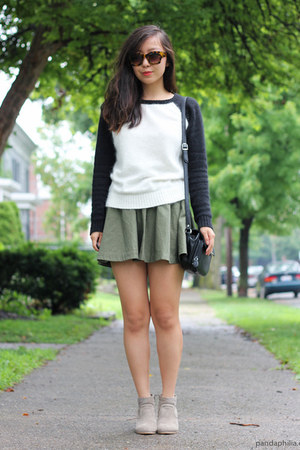 white baseball tee thrifted sweatshirt - olive green flare H&M skirt