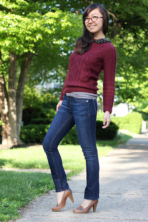 brick red H&amp;M sweater - navy petite DL 1961 jeans - dark brown firmoo glasses