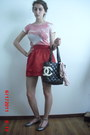 Pink-silk-marc-jacobs-scarf-black-leather-chanel-bag-red-satin-forever-21-sk