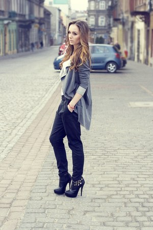 black Vila pants
