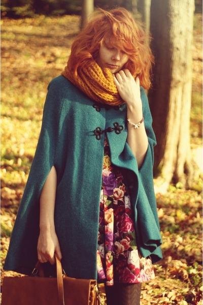 vintage coat - Primark dress