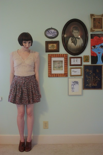 thrifted top - Buffalo Exchange skirt - seychelles heels