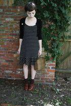 vintage bracelet - vintage dress - Forever 21 cardigan - Target socks - seychell