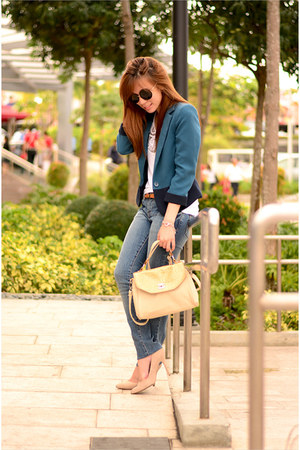 blue cotton Forever 21 blazer - beige suede Mango pumps