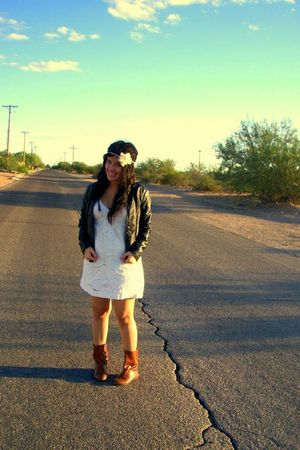 white dress - black jacket - brown Forever 21 boots
