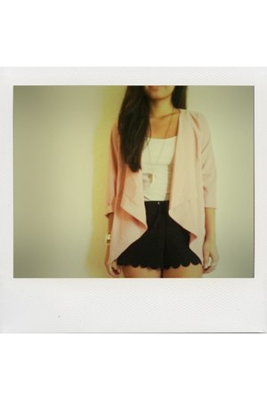 blazer - scalloped shorts