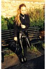 Black-leather-river-island-boots-black-new-look-jacket