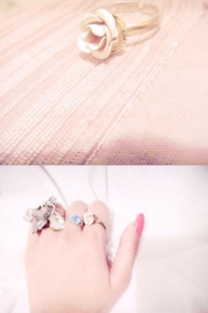 neutral rose ring - silver lion ring - white crystal ring - sky blue topaz ring