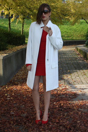 white Zara coat - ruby red asos dress - ruby red Aldo heels