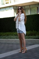 white BCBG top - blue BCBG shorts