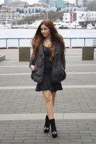 charcoal gray chicnova dress - black Zara boots - gray H&M vest