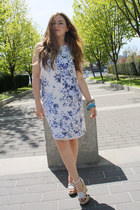 blue Zara dress - white American Eagle wedges