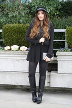 black Zara boots - black skort Zara skirt - black faux fur asos vest
