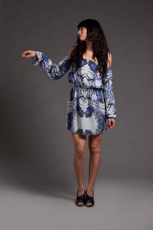 Nire dress